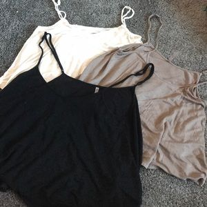 3 cropped tank tops